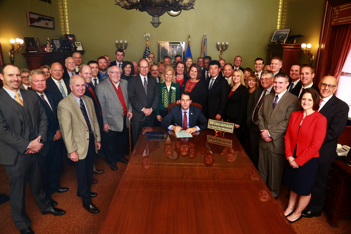 Governor Scott Walker Signs Financial Literacy Bill